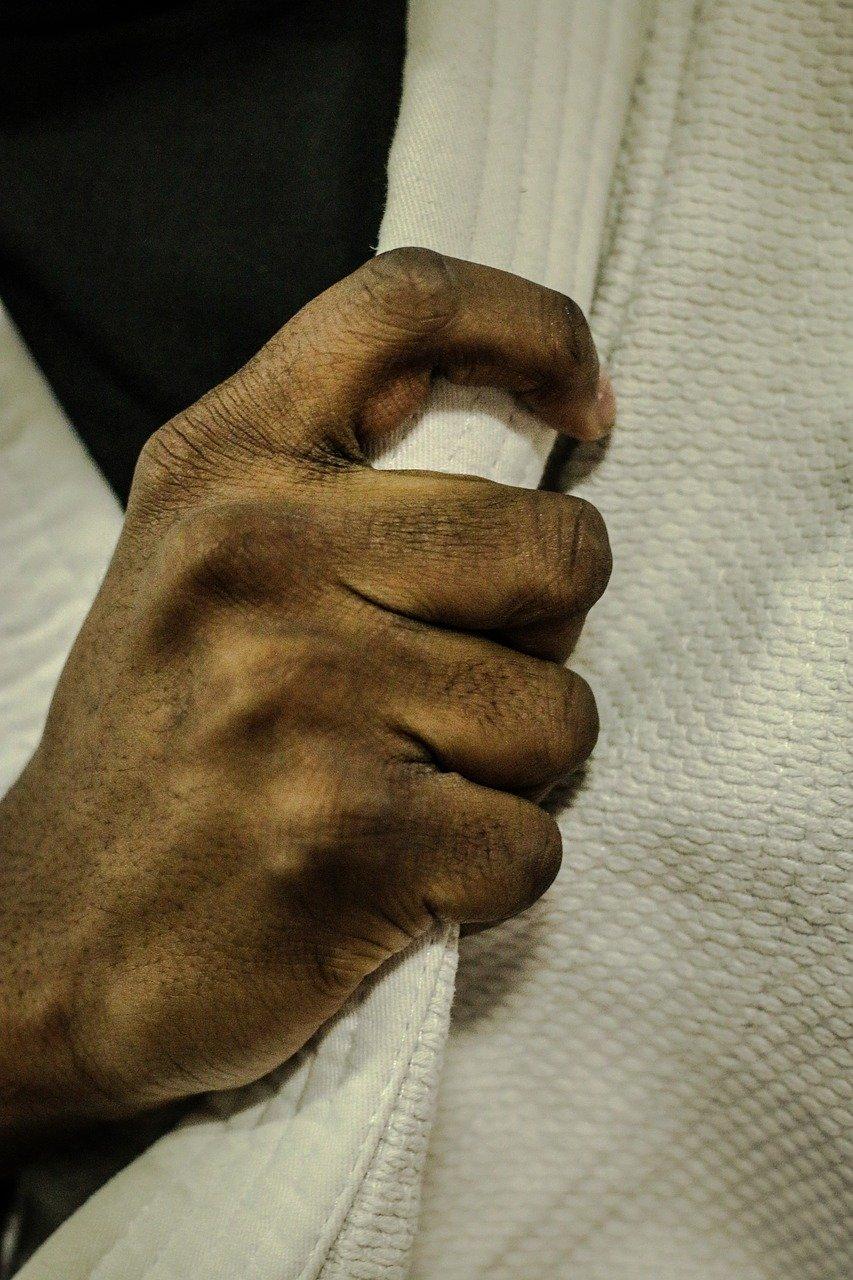 judo, hands, kimono-2121622.jpg